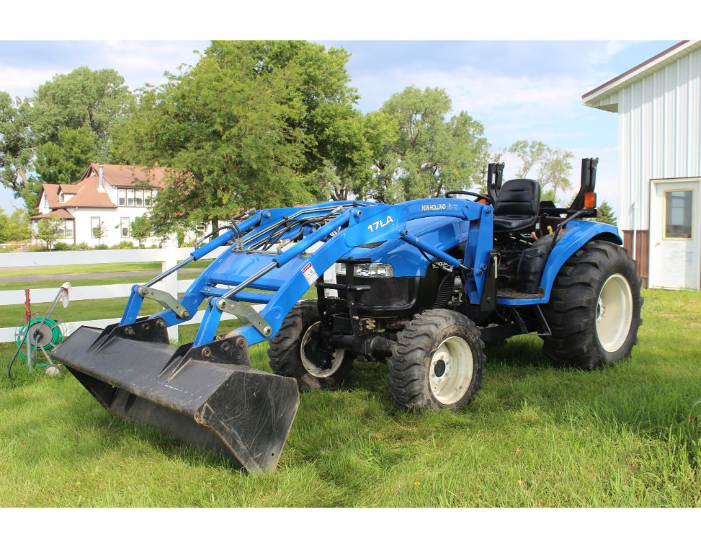 Persson Brothers - Large Double Ring Farm Equipment Auction